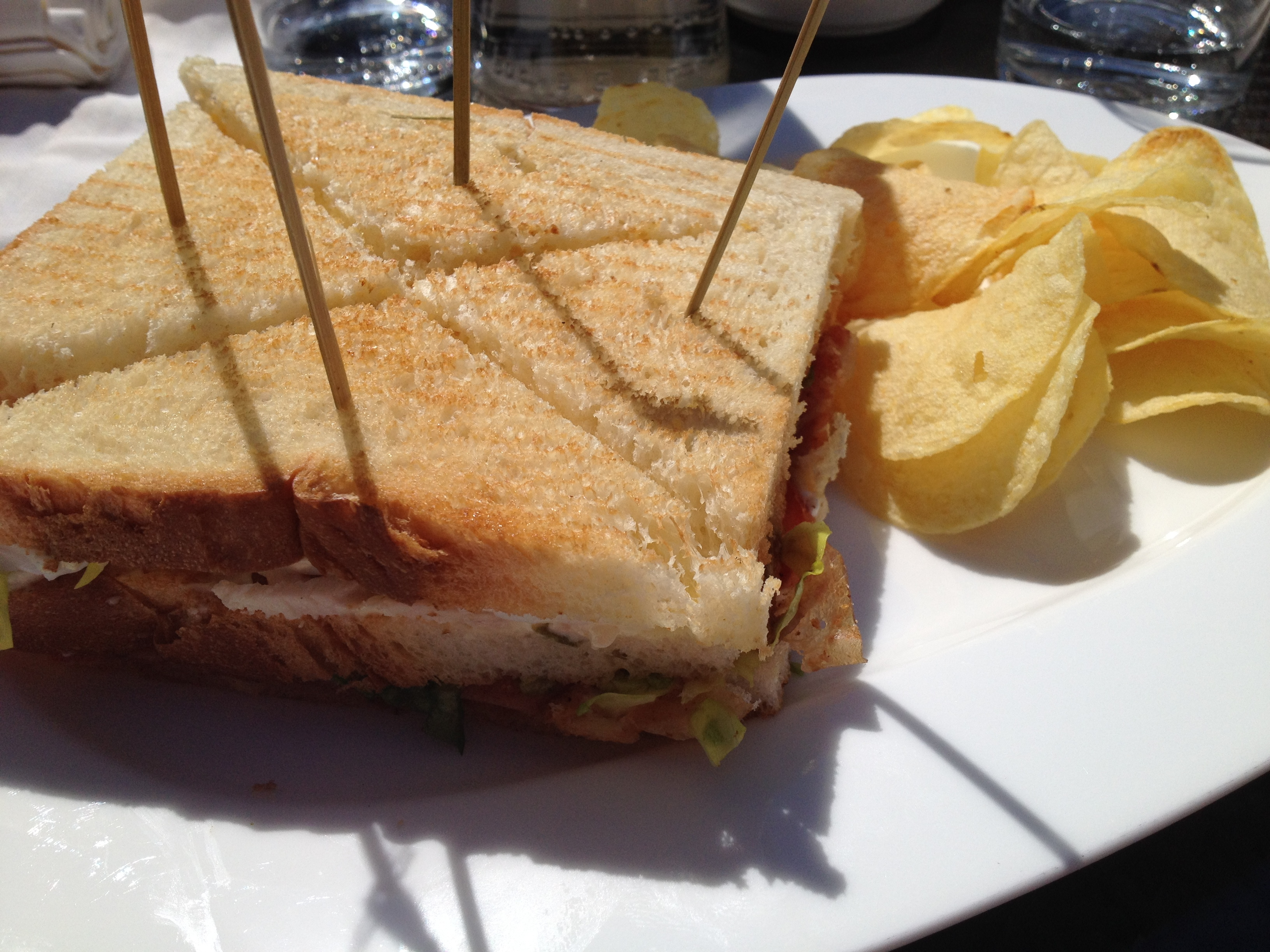 Stratta club sandwich